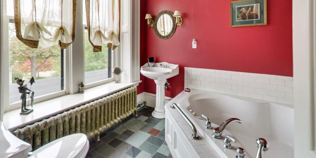 King's Room Bath