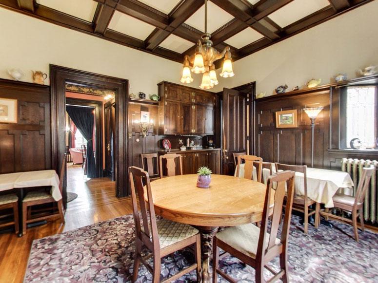 Dining Room at the Moondance Inn